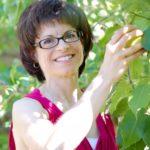 Timaree Hagenburger on Making Food that Loves You Back: PYP 164